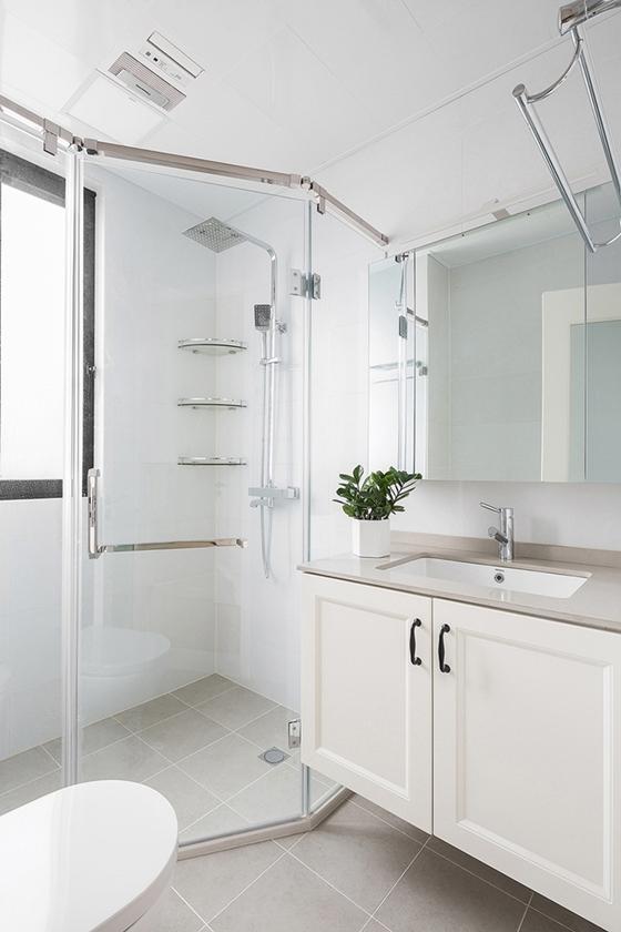 90平北欧风格装修卫生间图片