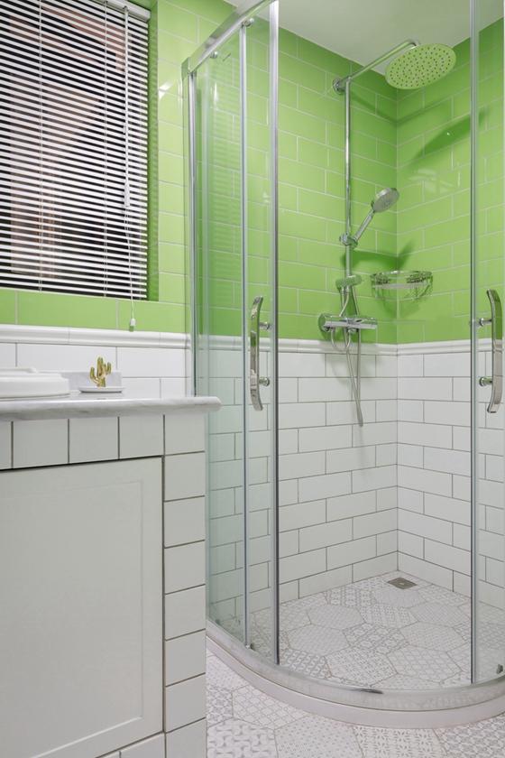 20万装90平三居室卫生间图片