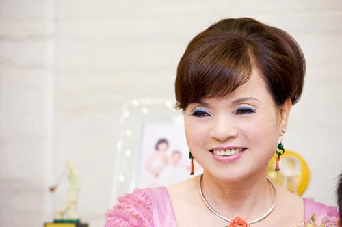 新娘妈妈发型图片欣赏 新娘妈妈如何优雅大方装扮