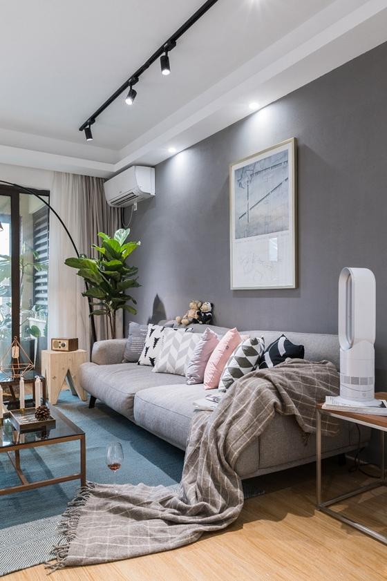 北欧风两居室装修布艺沙发图片