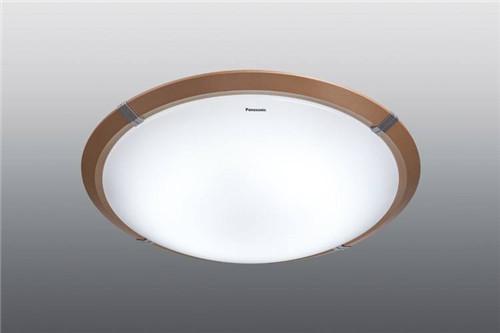 客厅灯具什么牌子的好  客厅灯具如何选择