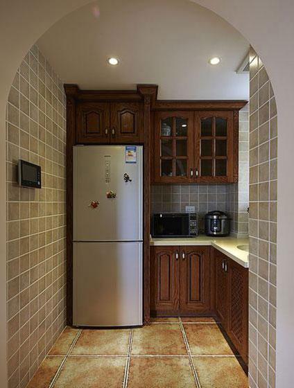 小方块素色厨房墙砖装修图