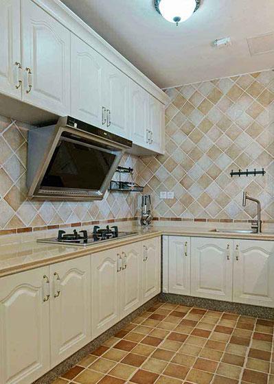 田园室内厨房墙砖装修图