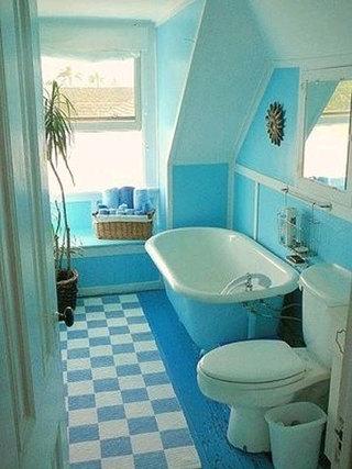 蓝色纯净浴室装修图