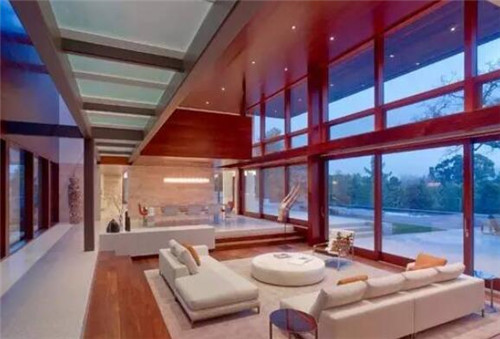 客厅落地窗装修效果图 落地窗设计让您尽享尊贵生活