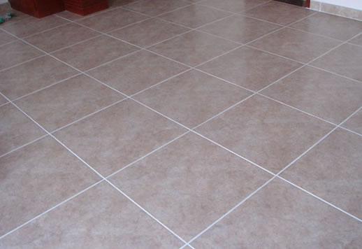 贴地板砖要不要留缝 瓷砖铺贴为什么要留缝?