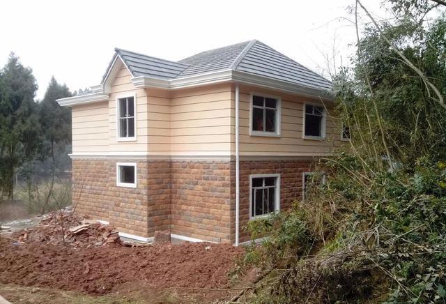 晒晒宁德农村自建别墅,连装修只花了80万,还带个小车库,真划算别墅圆立面厅图片