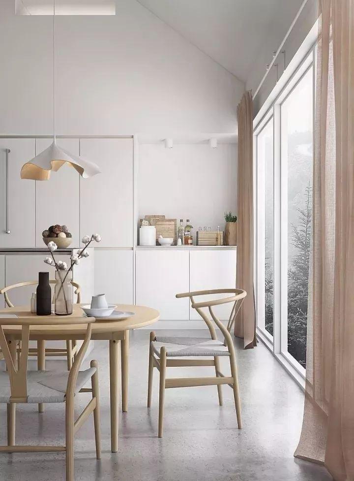 新中式的浅色系家具,既有北欧的简洁明了,又兼具了佛系家居的禅意,在