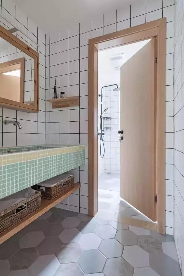 厕所 家居 起居室 设计 卫生间 卫生间装修 装修 640_960 竖版 竖屏