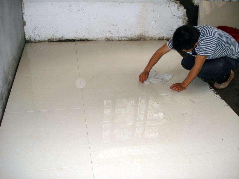 怎样铺地板砖 如何选择地板砖