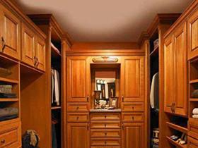 实木多层板衣柜价格 实木多层板有甲醛吗