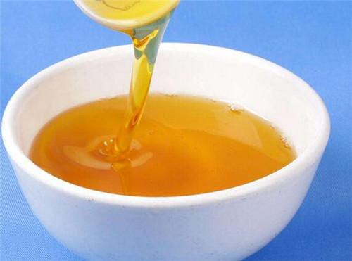 核桃油的美容作用_核桃油功效和作用有哪些 核桃油的食用方法有哪些