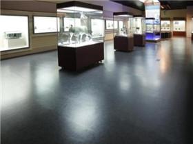 橡胶地板多少钱一平米  橡胶地板施工顺序与步骤