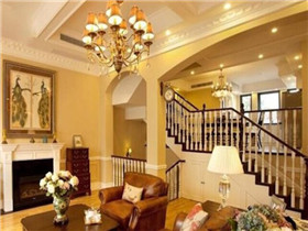 客厅吊灯安装位置受哪些因素影响  吊灯安装注意细节