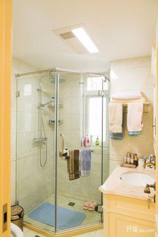 110平欧式风格三居卫生间装修效果图