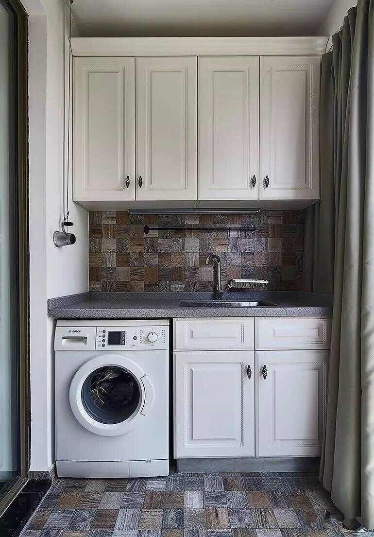 洗衣机柜子阳台装修