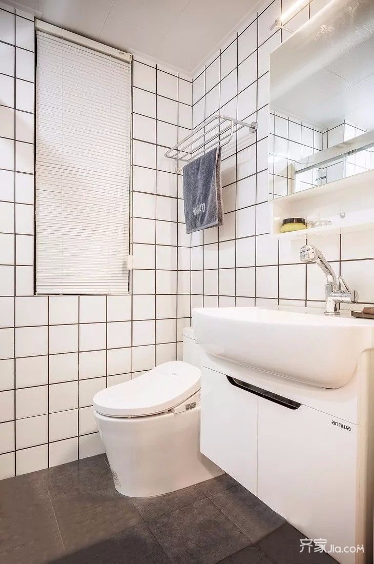 二居室简约风格装修卫浴间装潢图