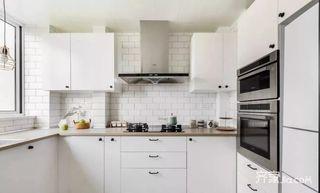 125平宜家风格三居室装修厨房构造图