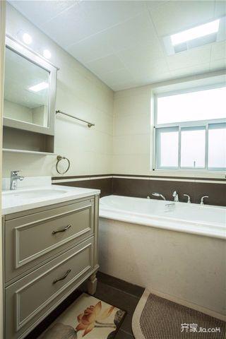 145平米法式风格四房装修卫浴间实景图