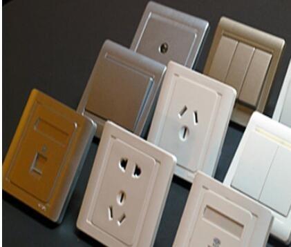 自建房电路安装用明线还是暗线好?为你分析两种线路的