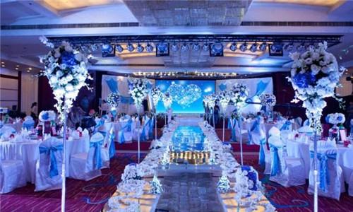 婚宴场地布置技巧  为你打造高端大气的婚礼