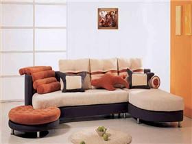 布艺沙发价格一般是多少 如何清洗布艺沙发
