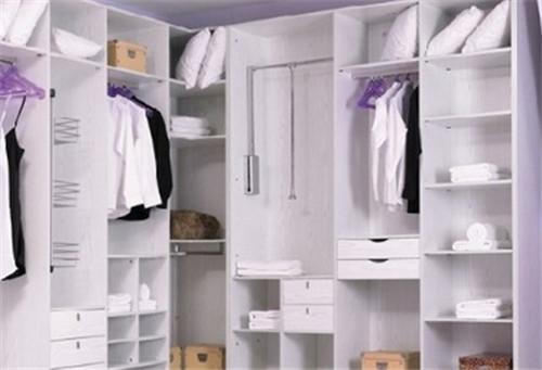 衣柜定做价格是如何计算的 衣柜应设计多大的尺