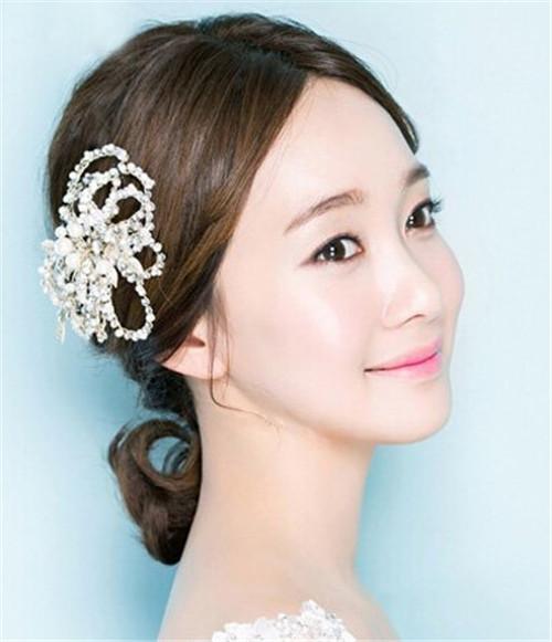 韩式婚纱照新娘发型 盘点韩式新娘发型