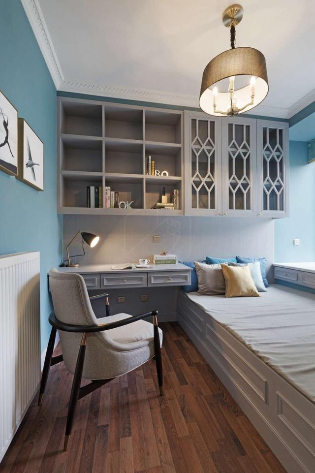 榻榻米书房,每个卧室的柜子设计都很精致,很好看