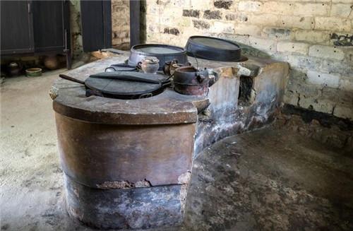 带锅台的农村厨房设计图片