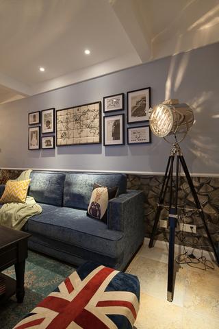 沉穩摩登混搭美式三居客廳沙發背景墻效果圖