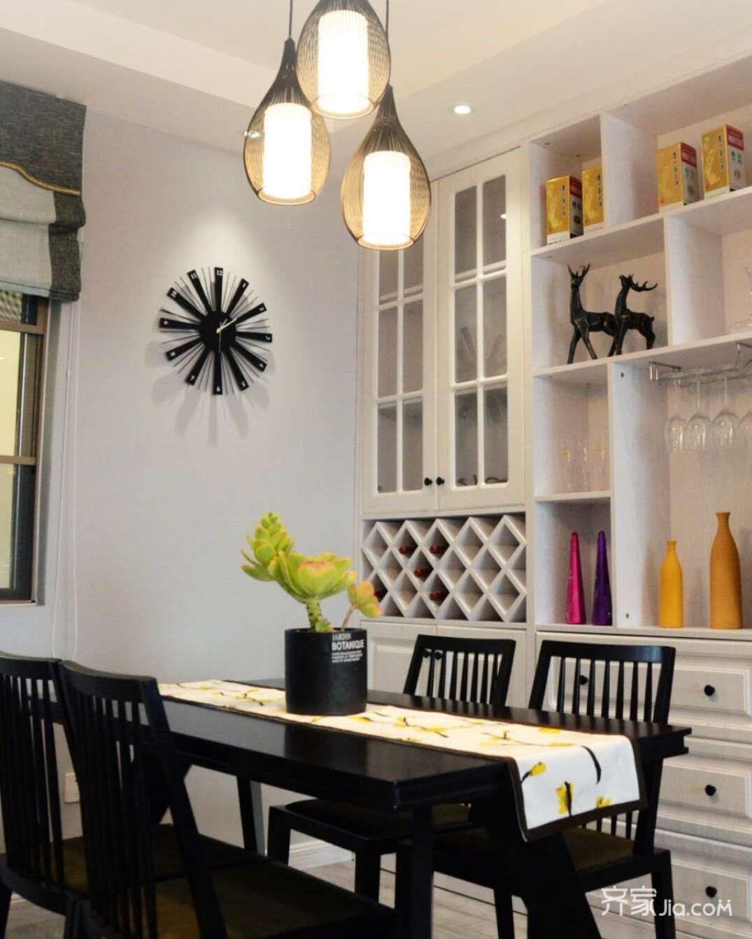 10万98平米欧式三居室装修效果图,配色秘籍橙黄配灰图