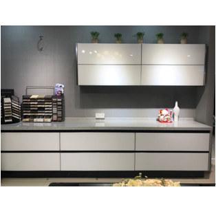 欧卡蒂玻璃烤漆晶刚板+多层实木板(柜体)