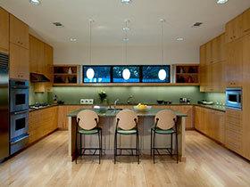 灰色油烟机遇上木质橱柜 13张厨房图片欣赏