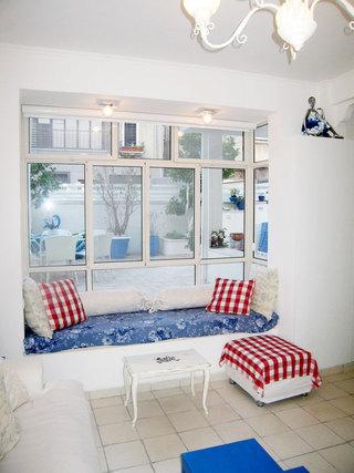 蓝色飘窗软垫设计图