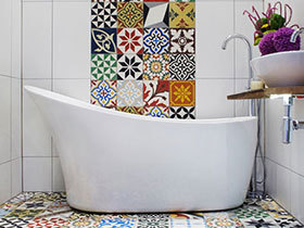 给卫浴化彩妆 16款彩色卫浴间设计