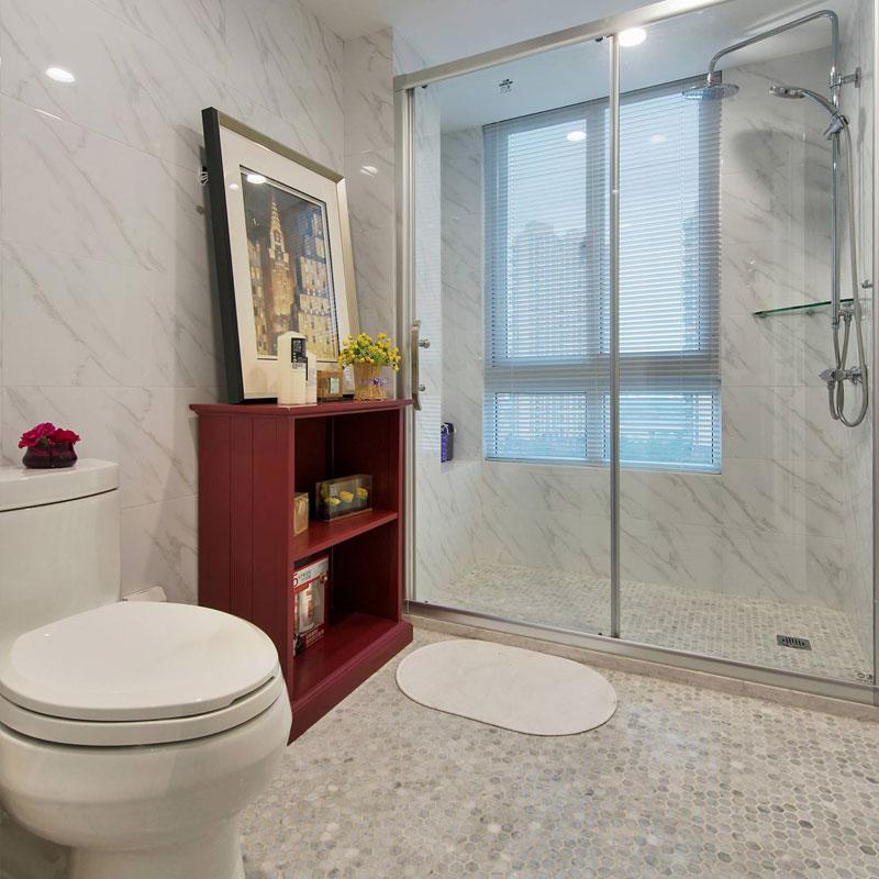 美式时尚卫生间设计图片