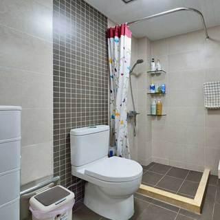 日式简洁卫生间设计效果图