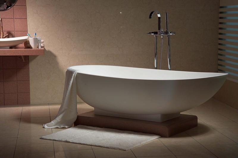 冲浪浴缸的清洁