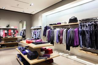 商场服装店装饰效果图片