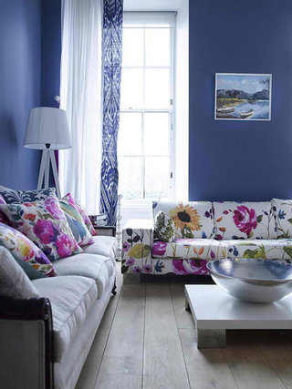 梦幻紫色客厅效果图