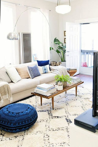 温暖米色客厅沙发效果图
