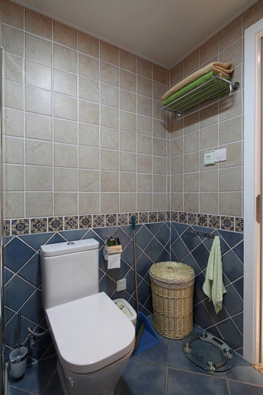 温馨蓝色卫生间装修效果图