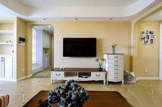 暖黄色美式电视背景墙设计