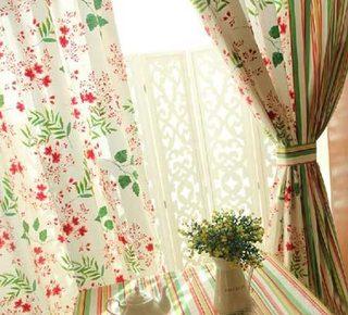 餐厅碎花窗帘布置图