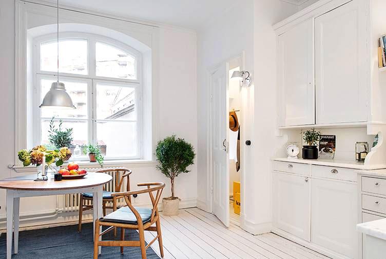 44平单身公寓厨房餐厅一体装修