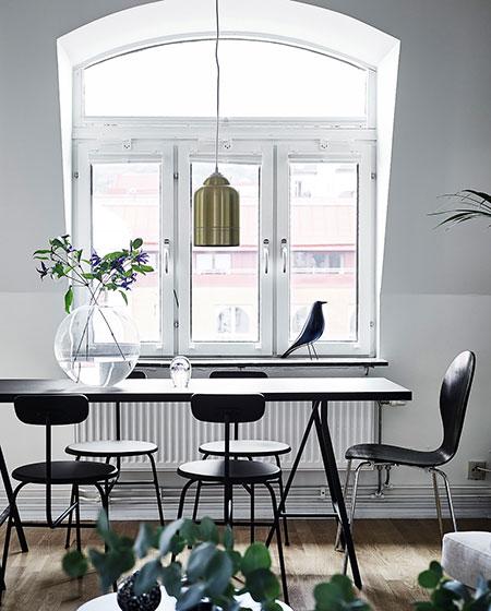 明亮北欧风餐厅白色窗户效果图