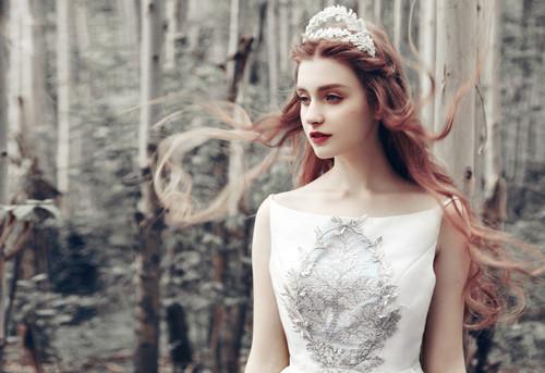 新娘披发发型图片 长发新娘披发造型有哪些
