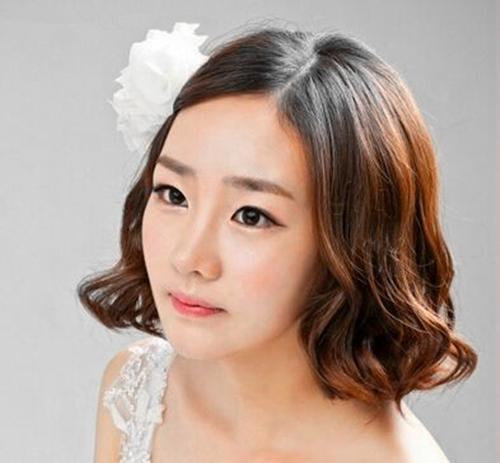 新娘婚礼发型哪种好看 新娘婚礼造型如何保持