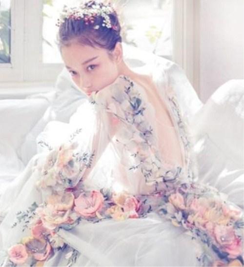 新娘晚礼服发型图片有哪些 晚礼服发型怎么设计
